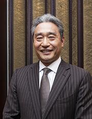 内田 士郎